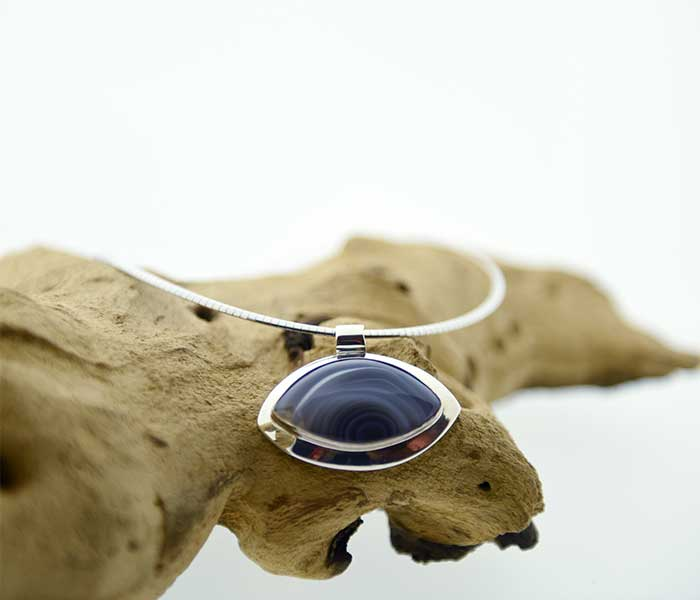Zilveren haner met Agaat - Circles Art&Jewelry - Zwijndrecht