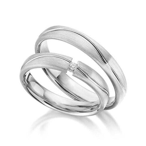 Trouwringen-zilver-met-gepolijste-baan-Circles-Art&Jewelry-Zwijndrecht